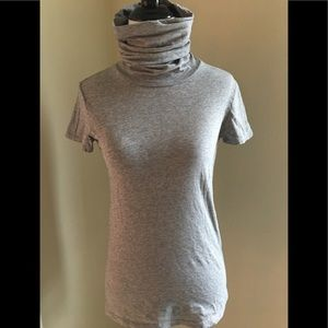 Theory Gray very sexy Turtle neck tee M fits likeS
